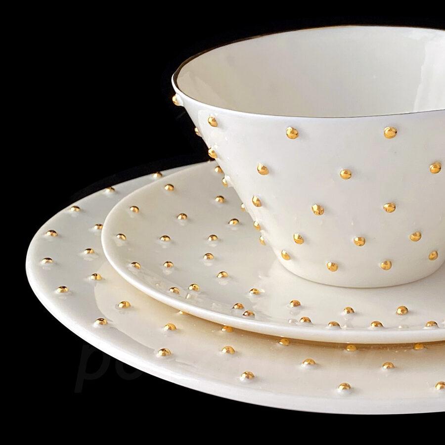 Tējas tase 250ml ar apakštasi un deserta šķīvi